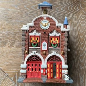 Department 56 | 42nd St. Fire Company Christmas